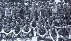Άνδρες του 4ου λόχου της ΕΛΔΥΚ με τον διοικητή τους Λούη Ιωαννίδη.
