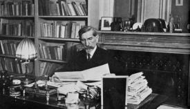 Ο Γάλλος εθνικιστής διανοούμενος Σαρλ Μωρράς (1868-1952).