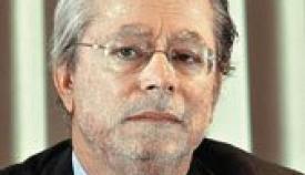 Ο επικοινωνιολόγος Γιάννης Λούλης.